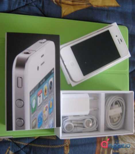 رسميا: الأيفون 4 الأبيض متاح للشراء