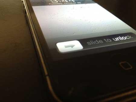 الآن ال-Slide To Unlock أصبح ابتكار مسجل باسم ابل