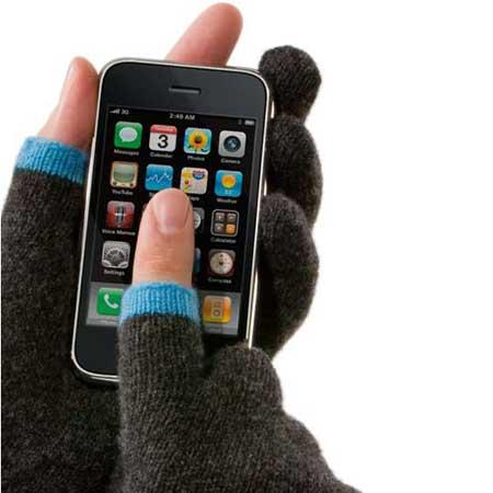 كيف نستخدم الايفون والقفازات على اليدين