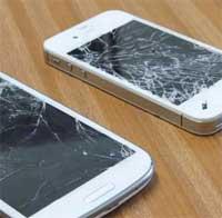 أي الجهازين سيحتمل صدمة السقوط: الايفون 4 اس ام الجلاكسي 3؟