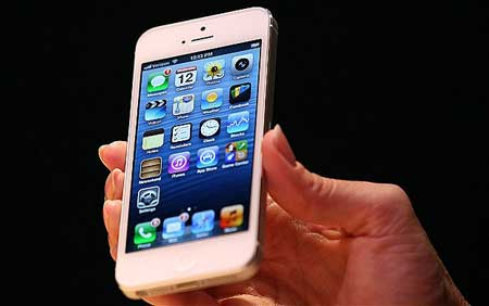اولى الاعطاب التقنية في جهاز الايفون 5 تطفو على السطح