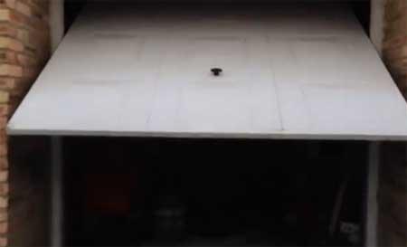 بالفيديو: سيري تفتح لك باب المنزل