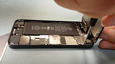 ارشاد: كيف نستبدل شاشة الايفون 5 في ثلاث دقائق