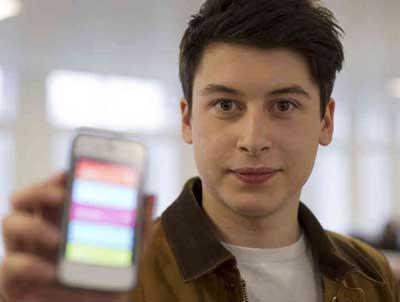 شاب (17 عاما) يطور تطبيقا ويبيعه بسعر 30 مليون دولار