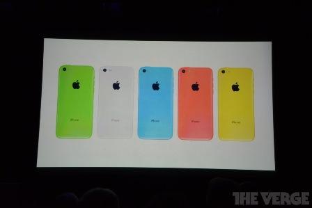 هاتف iPhone 5C بألوان متعددة