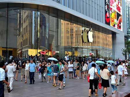تشاينا موبيل تبدأ بتسويق الايفون في الصين - هل سيغزو الايفون السوق الصيني ؟