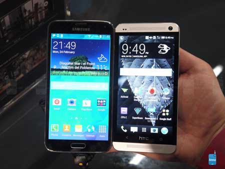 HTC ONE وجالكسي اس 5