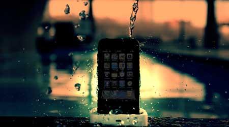 الأيفون ضد الماء