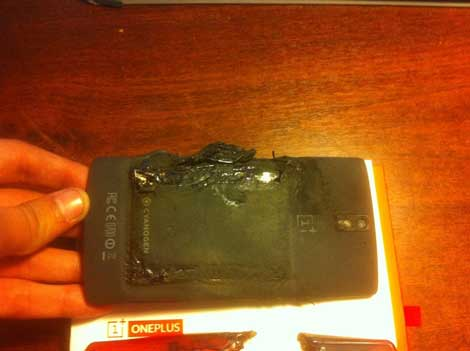 انفجار هاتف OnePlus One والشركة تعوض صاحبه