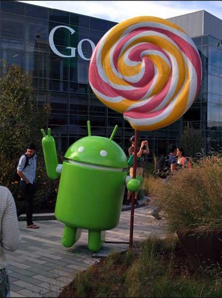 تمثال أندرويد المصاصة في مقر جوجل