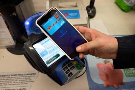 خامسا: ثورة الدفع الالكتروني عبر أجهزة آبل