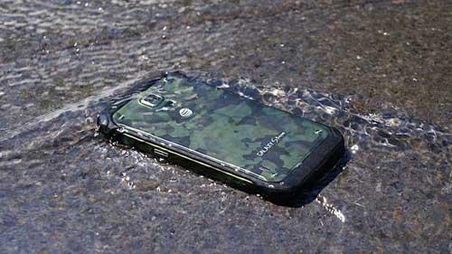 أخبار: جهاز Galaxy S6 لن يكون مقاوما للماء !