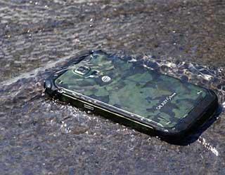 أخبار: جهاز جالكسي S6 لن يكون مقاوما للماء !