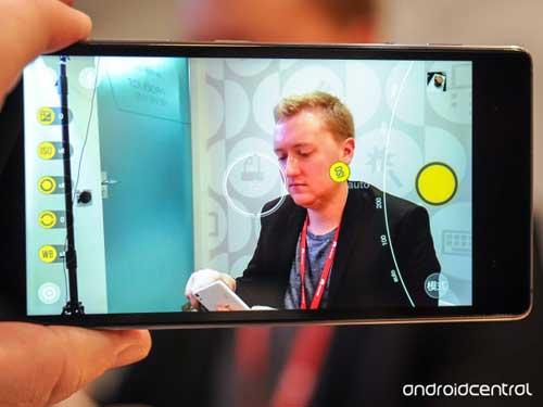 لينوفو تعلن رسميا عن جهاز Vibe Shot ذو الكاميرا الاحترافية