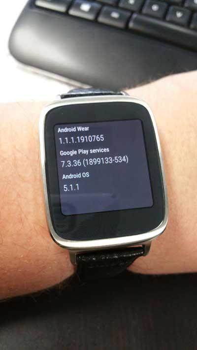 ساعة ASUS ZenWatch تبدأ بالحصول على الأندرويد وير 5.1.1