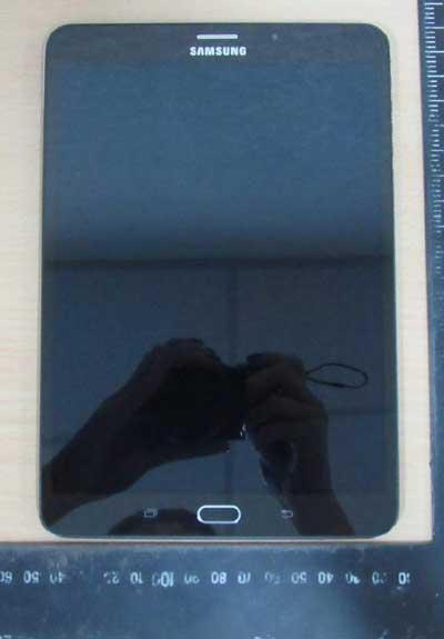 صور وتفاصيل مسربة حول الجهاز اللوحي Galaxy Tab S2 8.0