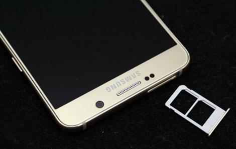 صورة الإعلان عن هاتف Galaxy Note 5 Duos بنسخة ثنائية الشريحة !