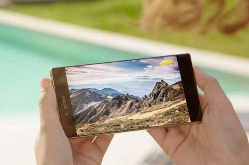 جهاز xperia z5 premium بشاشة 4k - مع بعض المشاكل