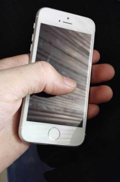 صور مسربة الأيفون 6c