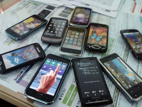 ما هو هاتفك الغبي القديم قبل حصولك على هاتف ذكي ؟