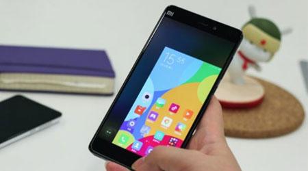 شركة Xiaomi أيضا تعمل على هاتف بشاشة منحية الأطراف