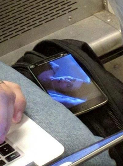 تسريب صورة الجيل الجديد من Moto X - مع حساس البصمات