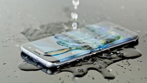 تسريب: جهاز جالكسي نوت 6 سيكون مقاوما للغبار والماء
