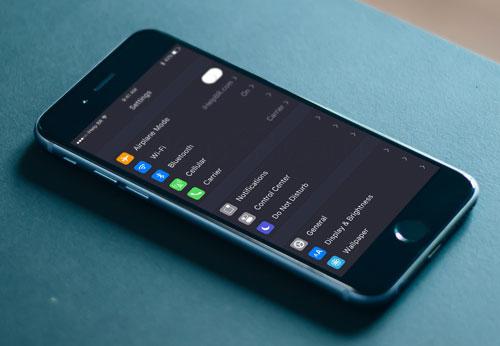 نظام iOS مع الوضع المظلم