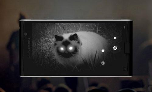 هاتف Lumigon T3 أو جهاز مع كاميرا للتصوير الليلي