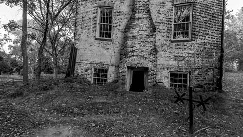 لعبة Wardwell House لمحبي ألعاب المغامرة والرعب