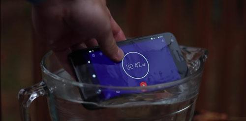 اخر اخبار اندرويد : شاهد فيديو اختبار هاتف Pixel – هل سيصمد في الماء ؟