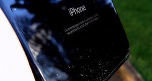 هل يعد شراء آيفون 7 باللون الأسود فكرة جيدة ؟