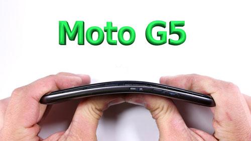 فيديو: اختبار صلابة هاتف موتورولا Moto G5 !