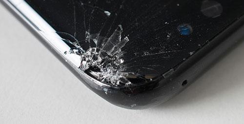 حواف هاتف Galaxy S8 ضعيفة جدا وقابلة للخدش بسهولة