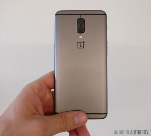هاتف OnePlus 5 قد يتوفر بـ 5 ألوان مميزة