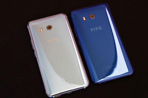 هاتف HTC U11 يحصل على مبيعات كبيرة وينقذ الشركة