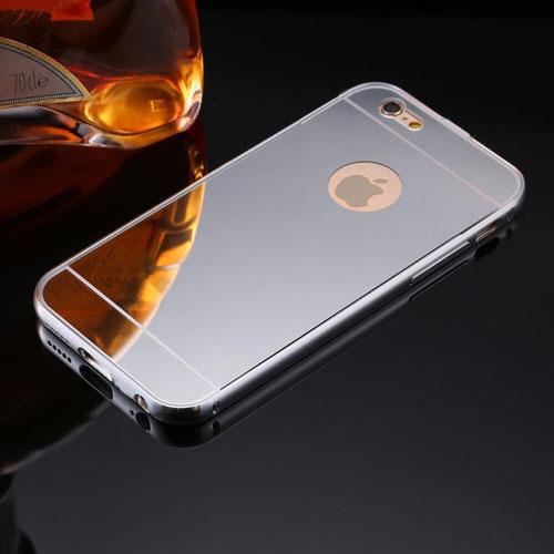الايفون 8 باللون الرمادي ذو خلفية لامعة كالمرآة