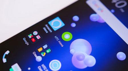 المساعد الصوتي Amazon Alexa متوفر الآن على هاتف HTC U11