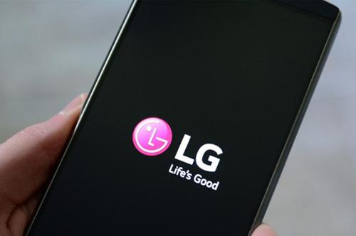 نظرة على بعض المزايا البرمجية في واجهة LG V30 المنتظر !