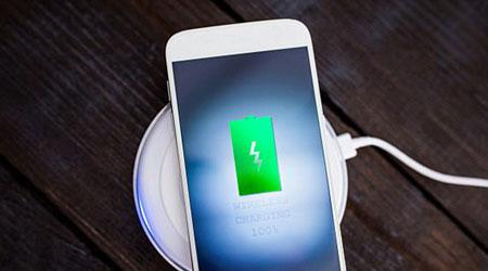 أيفون 8 و تقنية الشحن اللاسلكي المنتظرة ، تعرّف عليها !