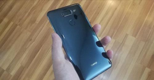 الصور الحقيقية المسربة لهاتف Huawei Mate 10 !