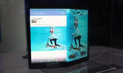 رصد مواصفات هاتف ZTE Axon Multy مع شاشتين قابلة للطي !