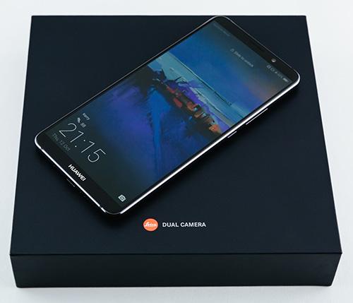 مميزات سلسلة Huawei Mate 10 : الشاشة