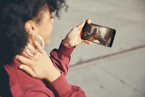 هاتف OnePlus 5T : الشاشة