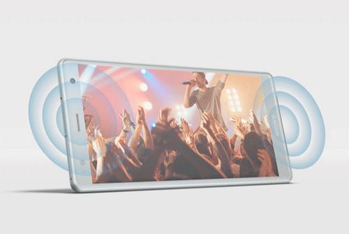 هاتف Sony Xperia XZ2 مزود بسماعات ستريو