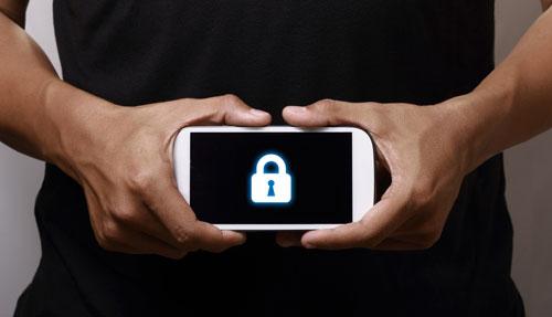 قائمة أفضل الهواتف من حيث الأمان - الأيفون أولا ثم الأندرويد !
