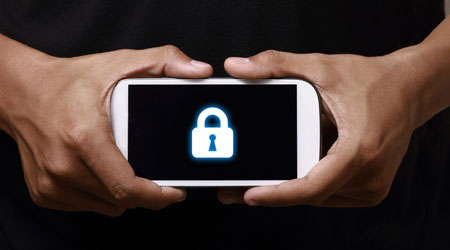 Photo of قائمة أفضل الهواتف من حيث الأمان – الأيفون أولا ثم الأندرويد !