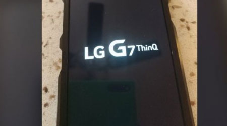 Photo of صور مسربة – هذا هو هاتف LG G7 ThinQ القادم قريبا !