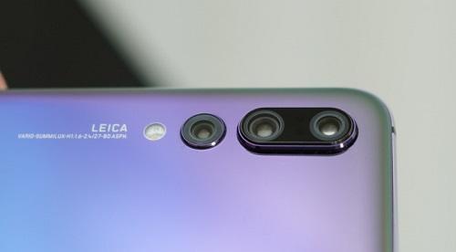 كاميرا P20 Pro الثلاثية