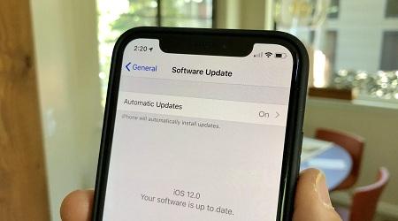 Photo of نظام تشغيل iOS 12 – طريقة تفعيل تحديثات iOS التلقائية على ايفون وايباد!